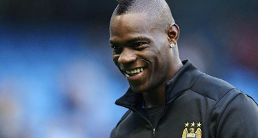 BALOTELLI ADOPTS 5 KIDS