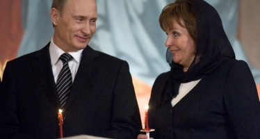 RUSSIAN PRESIDENT, WIFE ANNOUNCE THEIR SEPARATION ON TV