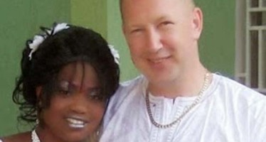 WOMAN LOGGED ON TO FACEBOOK TO DISCOVER HER HUSBAND HAD MARRIED ANOTHER WOMAN (PHOTOS)