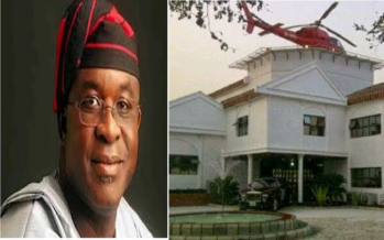 See Senate President, David Mark's Country Home Which Has An Helicopter Landing Space On Its Roof