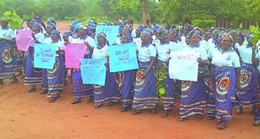 WIVES PROTEST AGAINST HUSBANDS' CONSUMPTION OF OGOGORO IN ENUGU, SAY 'THEY NO LONGER PERFORM THEIR CONJUGAL DUTIES'