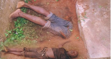 MAN DIES WHILE DIGGING GRAVE TO STEAL CORPSE PARTS