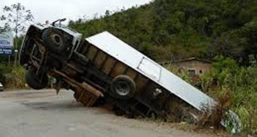 TIPPER LORRY CRUSHES SECONDARY SCHOOL STUDENT  TO DEATH