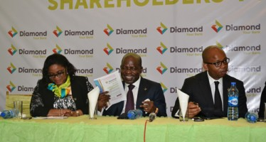 SHAREHOLDERS WANT DIAMOND BANK TO EXTEND RIGHT ISSUE