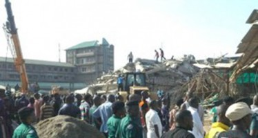 TB JOSHUA CLAIMS NOBODY DIED IN CHURCH COLLAPSED BUILDING AS MEMBERS BEAT JOURNALISTS, GOVT OFFICIALS