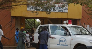 Robbers steal 'Ebola blood samples' in Guinea