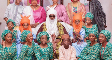 SANUSI:  AFTER RECEIVING STAFF OF OFFICE, ROYALS OFFICIAL PHOTO RELEASED