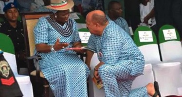 MALE COMMISSIONER CAUGHT KNEELING DOWN BEFORE GOV AKPABIO'S WIFE