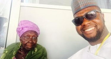 90-YR-OLD WOMAN WHO DONATED HER SAVING TO BUHARI'S CAMPAIGN GOT VIP SEAT AT INAUGURATION