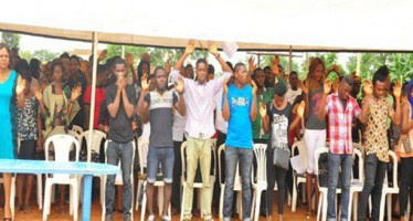 65 UNDERGRADUATE CULTISTS WITHDRAW MEMBERSHIP PUBLICLY