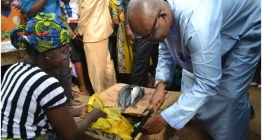 FAYOSE TWEETS PICTURES OF HIMSELF BUYING SOUP INGREDIENTS