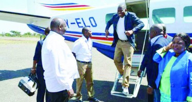 JONATHAN, WIFE, CHILDREN VISIT KENYA'S TOURIST CENTRE IN 2 CHARTERED FLIGHTS