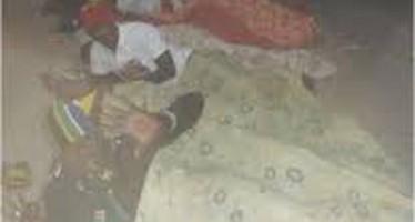 TARABA FC PLAYERS SLEEP ON GOVT. HOUSE STREET TO PROTEST 12-MONTH SALARY ARREARS