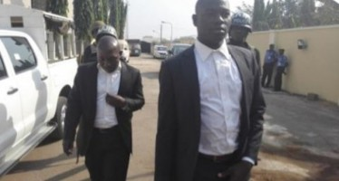 THREE ARRESTED FOR ATTEMPTS TO DUPE FAYOSE