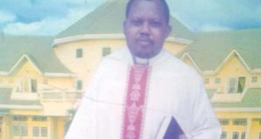 Pastor Dies Hours to Ministering at Burial Service