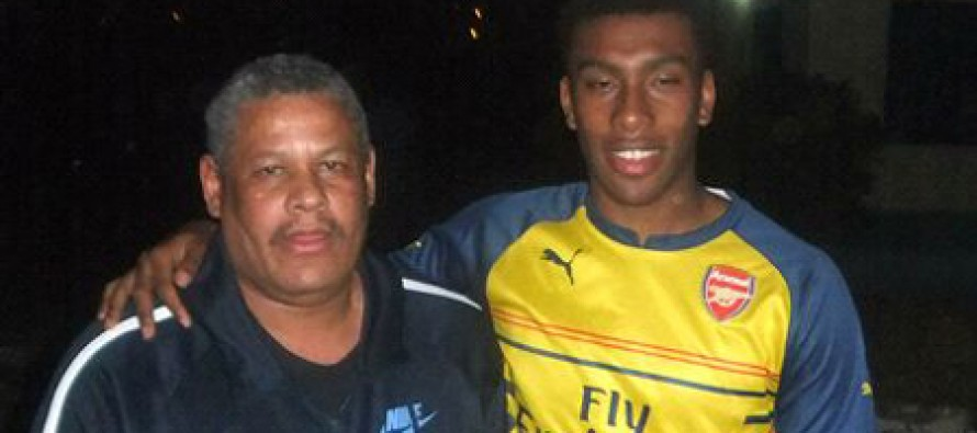 Iwobi Points at me whenever he scores – Father