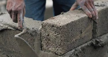 Bricklayers condemn cement price hike, threaten protest