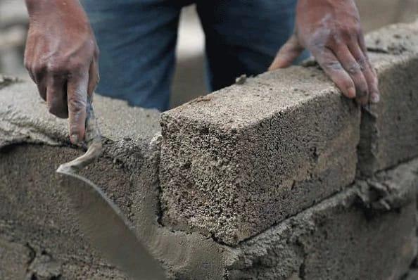 OrijoReporter.com, bricklayers