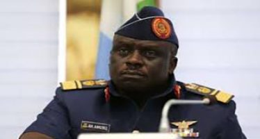 N22.8bn fraud: Ex-Air force chief, Amosu, asks court to disqualify EFCC's witness