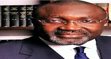 Court orders continued remand of EFCC's lawyer for bribing judge