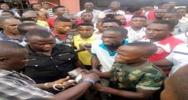 Soldier caught stealing phone in Warri