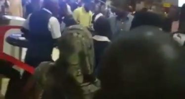 Video of passengers beating Arik staff goes viral as Airline condemns attack
