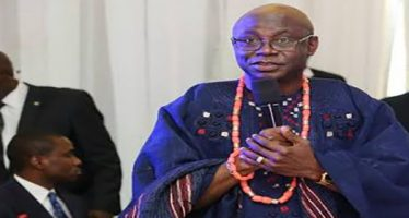 God will not come down to solve problems, Pastor Bakare tells Nigerians