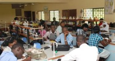 FG to give each science student N100,000 bursary
