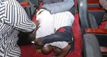 Two men fight over ownership of teenage child in Ibadan