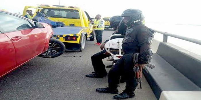 OrijoReporter.com, Passenger's leg falls into lagoon