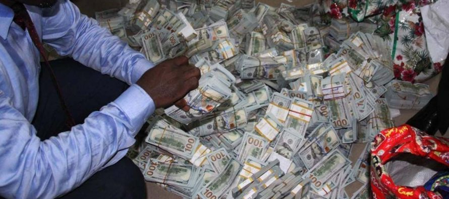 EFCC takes money found in Ikoyi building to CBN
