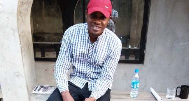 Students pay tributes to colleague, who  died in road accident