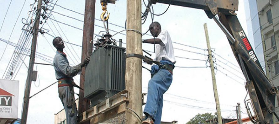 Fashola explains how consumers can buy electricity directly from GENCOS